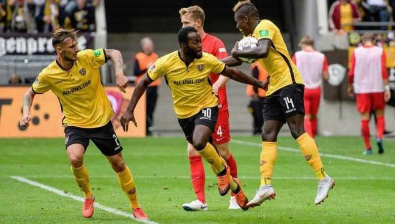 Germania – Il ritorno al calcio è un disastro, dieci positivi top secret