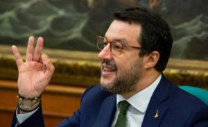 """Salvini:""""Spadafora ha pregiudizi sul calcio, ci sono in ball"""