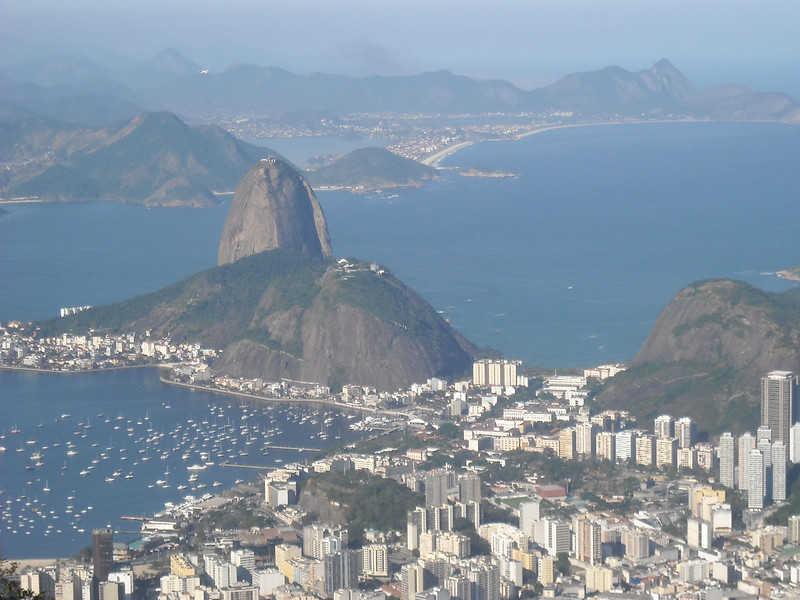 Covid-19, in Brasile situazione drammatica. Record di decessi e contagi