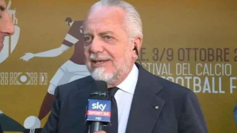"""Napoli, De Laurentiis su twitter """"Grandissimo Napoli! Peccato non aver potuto giocare con la Juve"""""""