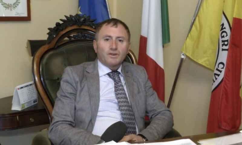 """Sindaco Castel di Sangro: """"Un plauso ai napoletani. Il primo gol di Osimhen mi ha emozionato"""""""