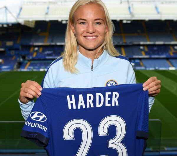 Chelsea Women: colpo a sorpresa, acquistata Pernille Harder