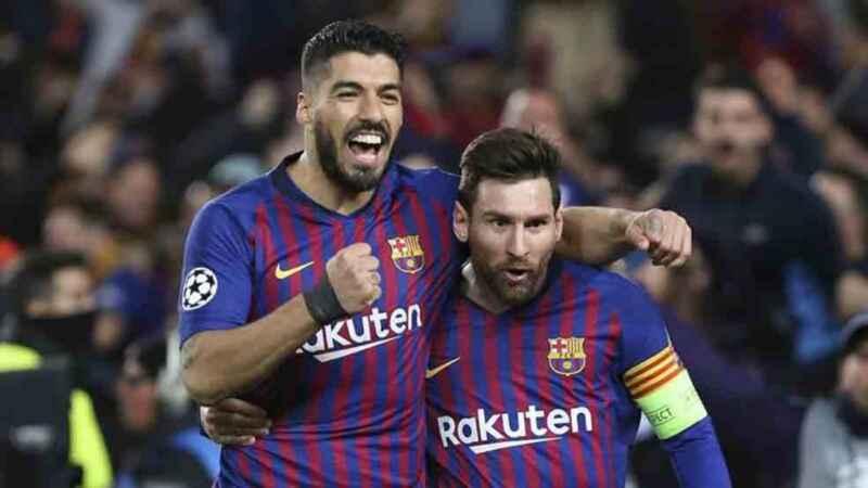 """Suarez saluta Messi: """"Divertiti e dimostra che sei il numero uno"""""""