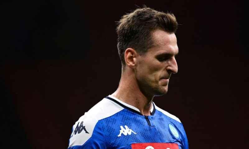 Napoli, Arek Milik diventa un peso. L'attaccante offerto anche all'Everton di Ancelotti
