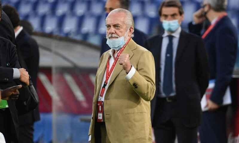 Napoli, questione stipendi: oggi il pagamento dei primi compensi stagionali