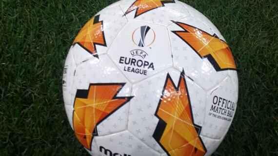 """UFFICIALE – L'AZ Alkmaar scrive: """"La partita di giovedì a Napoli si giocherà, lo ha deciso l'UEFA"""""""