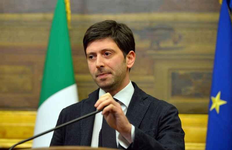 """Ufficiale, altre cinque regioni diventano """"arancioni"""". Per la Campania si decie domani"""