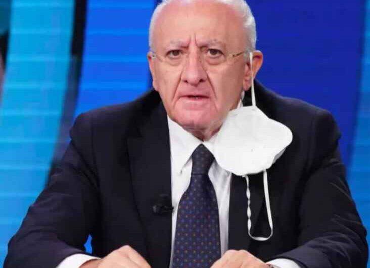 """De Luca sbotta: """"Stiamo assistendo a sciacallaggio mediatico sulla sanità campana"""""""
