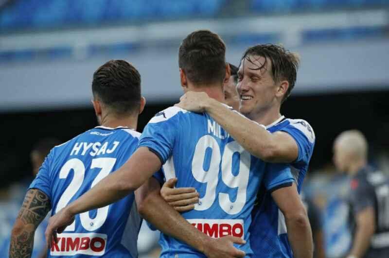 L'Inter torna alla carica per Milik: contatti con l'entourage, per prenderlo a zero in estate