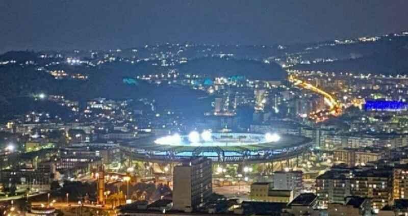 "De Magistris svela: ""Ecco quando sarà ufficialmente intitolato lo stadio a Maradona"""