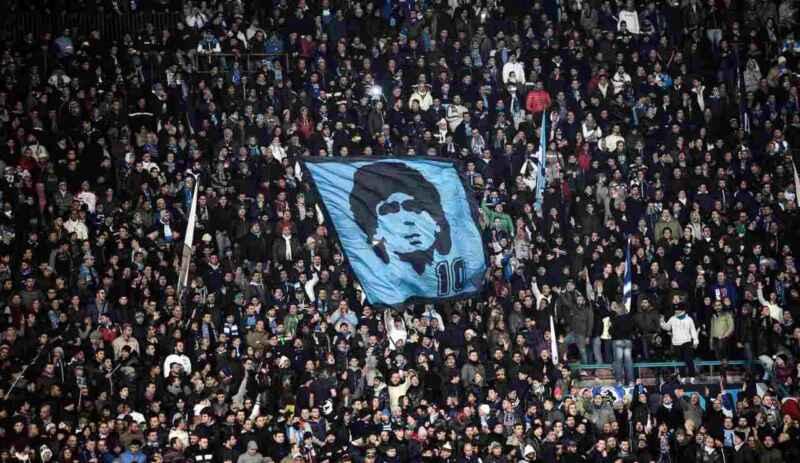 Stadio San Paolo intitolato a Maradona: scelto il nuovo nome dell'impianto