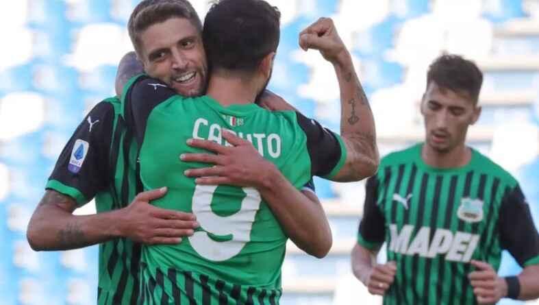 Serie A, i risultati di oggi: il Sassuolo vince a Verona e vola in testa alla classifica!