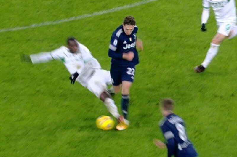 """Ziliani, Juve-Sassuolo: """"Dovevano essere espulsi due bianconeri, invece il rosso l'ha visto solo Obiang"""""""