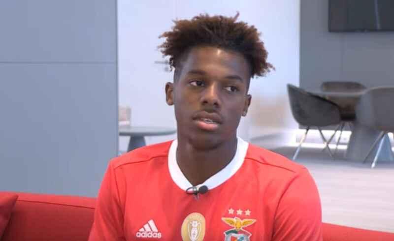 Calciomercato, il Benfica rifiuta la prima offerta per Nuno Tavares