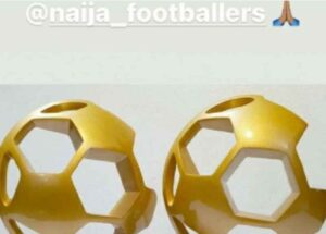 FOTO – Osimhen eletto miglior attaccante e giocatore nigeriano dell'anno: ringrazia sui social
