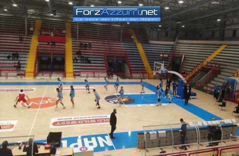 Basket, Ge.Vi Napoli-Reale Mutua Torino 67-73. Gli ospiti sbancano il Palabarbuto