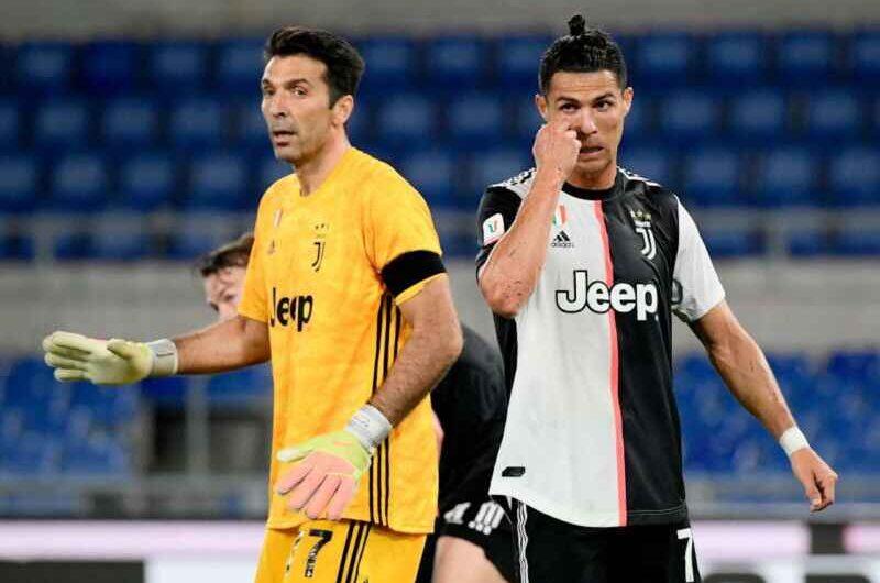"""Ziliani: """"Buffon ha 43 anni e pretende di giocare titolare, Ronaldo butta la fascia dopo un gol non dato, siamo all'asilo"""""""