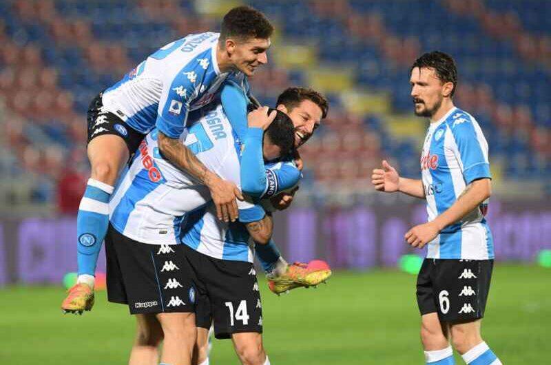 Napoli-Crotone 4-3: gli azzurri siglano il poker e portano a casa i tre punti