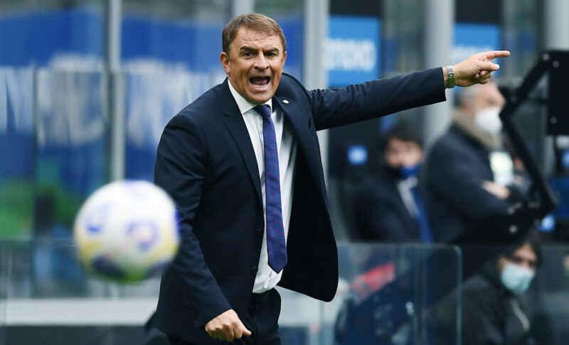 """Napoli-Cagliari, Semplici: """"Punto meritato, avremmo potuto pareggiarla prima del 94′ """""""