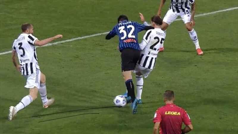Coppa Italia, Atalanta-Juve: bocciatura per Massa, male anche il Var
