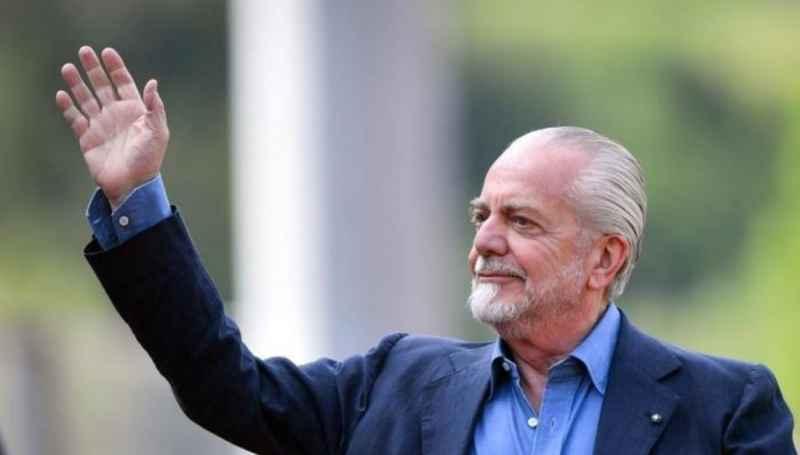 Napoli: 2 cessioni per sanare i debiti, ADL punta ad incassare 20 milioni