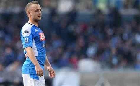 Napoli, ipotesi prestito per Lobotka: un club di Serie A si fa avanti