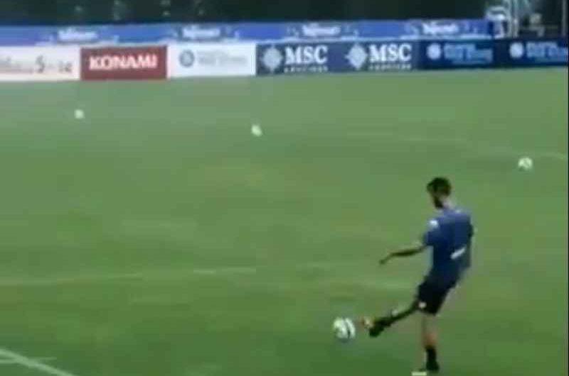 VIDEO – Gran gol di Manolas a fine allenamento: da dietro la linea di fondo