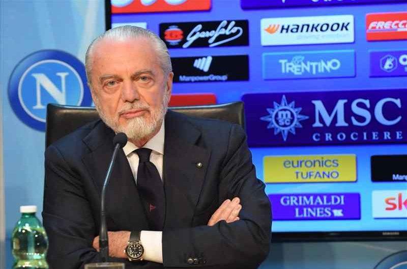 Napoli – La visione di De Laurentiis per la maglia azzurra