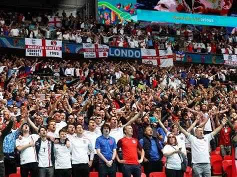 Inghilterra-Danimarca, multa alla Federazione inglese per colpa dei tifosi