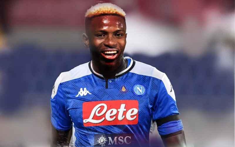 Osimhen osannato dai tifosi, l'attaccante del Napoli è una vera forza