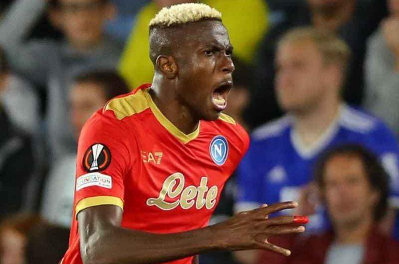FOTO – Osimhen in lista per il gol più bello del turno di EL: il messaggio del Napoli ai tifosi