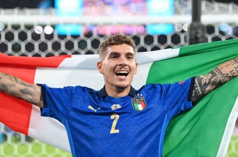Italia-Svizzera sarà una sfida decisiva, Di Lorenzo sarà titolare