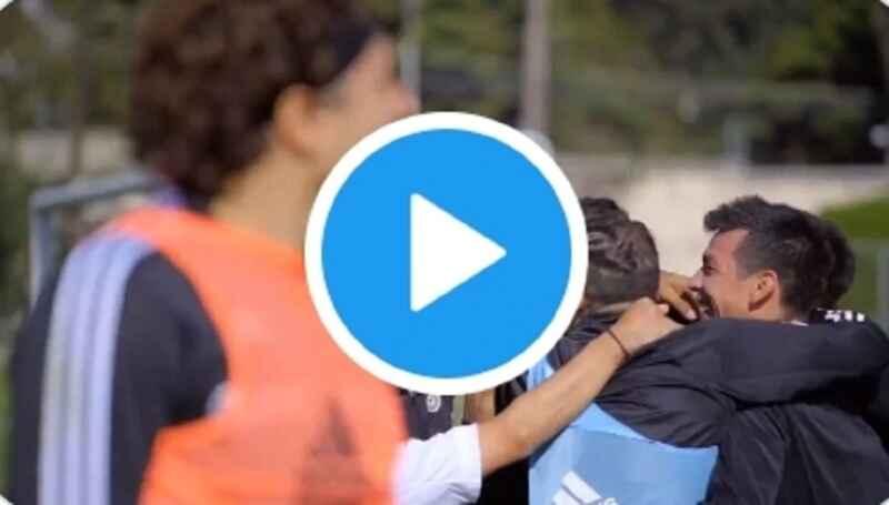 VIDEO – Gol pazzesco di Lozano in allenamento